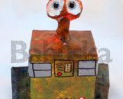 Muñeco Wall-e realizado en cartapesta