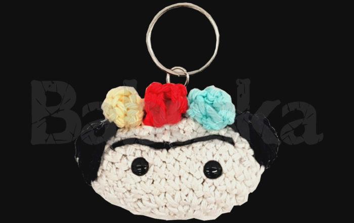Tejido en crochet - Llavero Frida